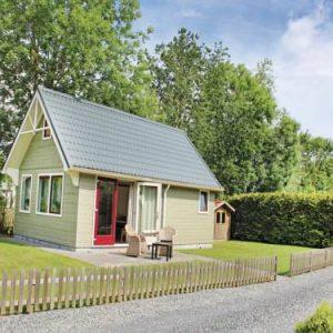 Holiday Home Recreatiepark De Friese Wadden in Tzummarum